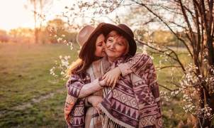 love life prediction by date of birth free in hindi